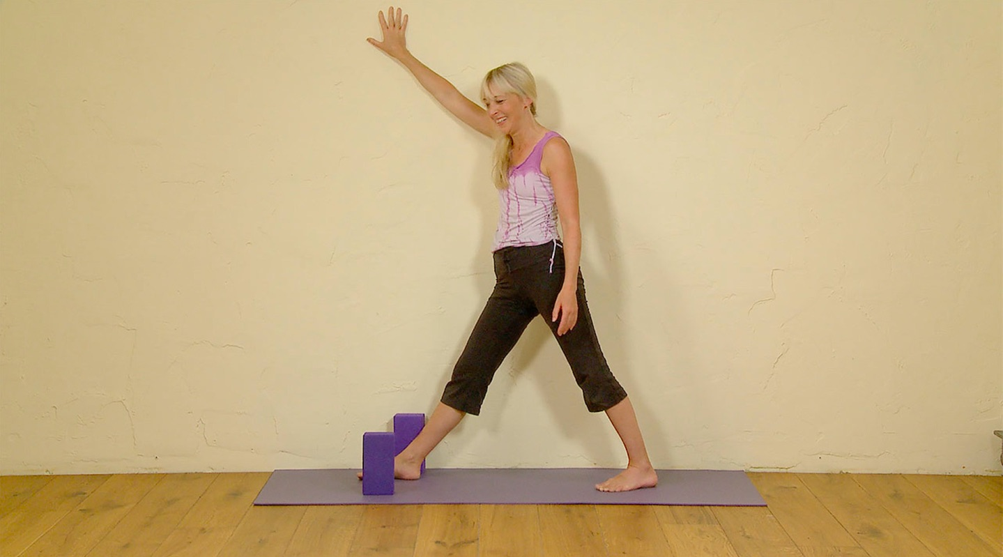 resolved triangle pose