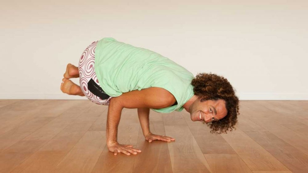 David Lurey, Side Crow pose