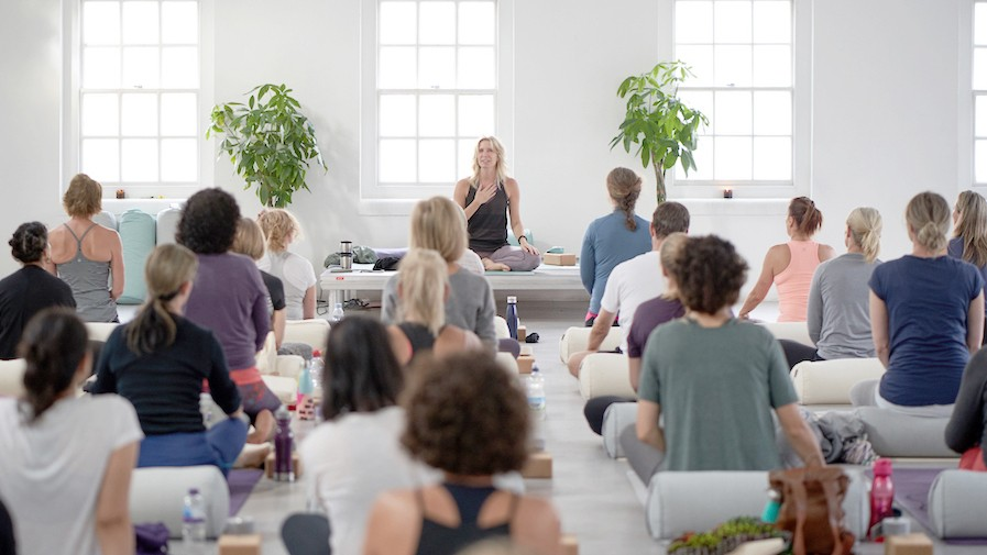 What To Expect In Your First Yoga Class Ekhart Yoga