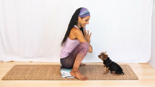 Malasana with a blanket under your heels
