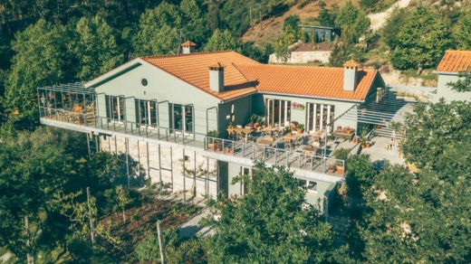 Yoga Retreat centre Portugal
