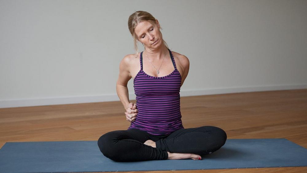 esther shoulder stretch pose