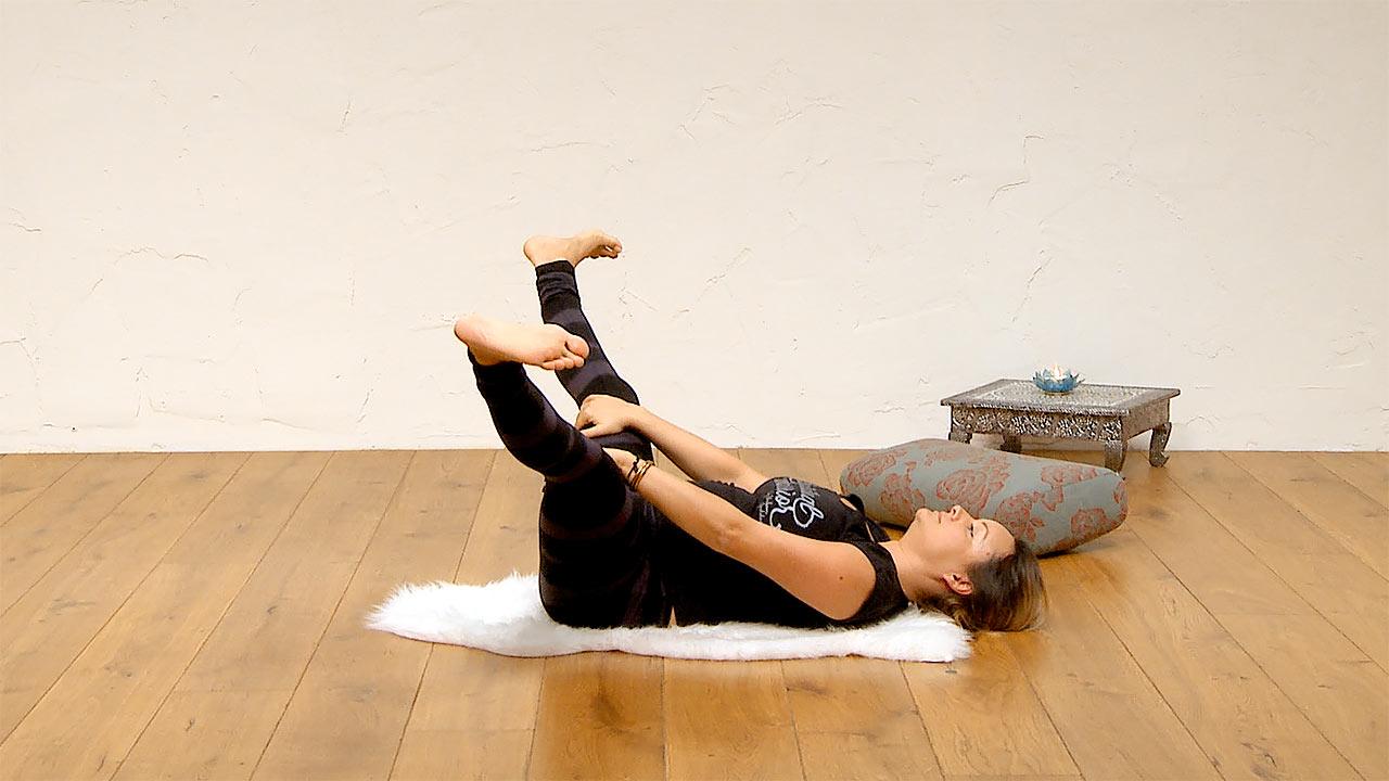 sacral chakra yoga class