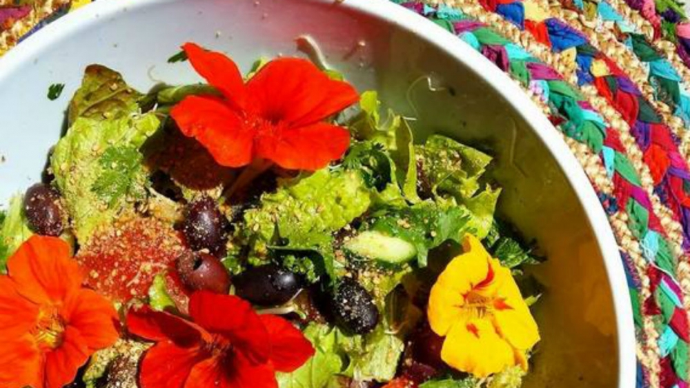 yin flower salad