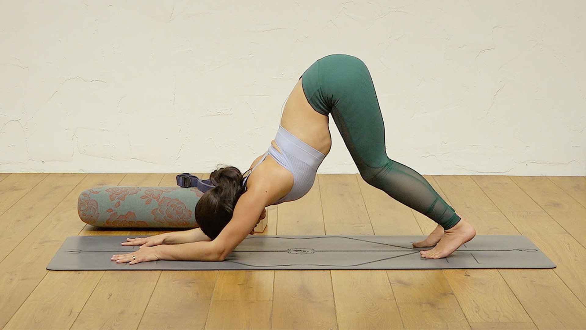 yoga poses for shoulders practice