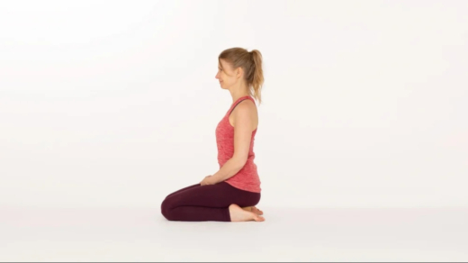 Heros pose Virasana Ekhart Yoga