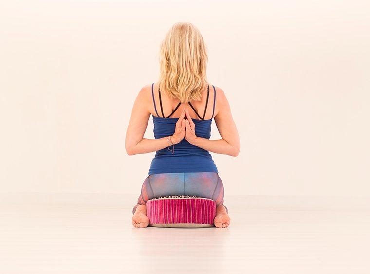 Reverse Namaste, Esther Ekhart