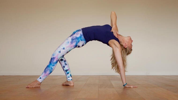 Esther Ekhart, Vinyasa Flow yoga